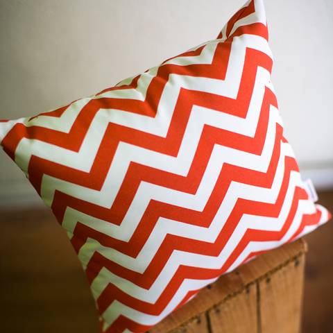 OUTDOOR OrangeChevron Small 3 Medium 2 Large 1